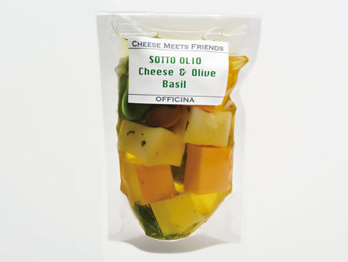 チーズ&オリーブオイル漬バジル