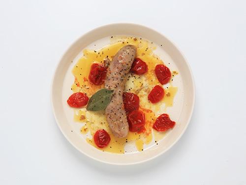 燻製BALPALのおつまみフルコースのメイン【サルシッチャのアーリオオーリオ】