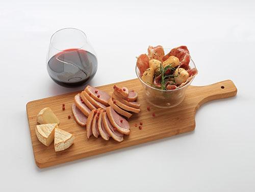 赤ワインに合うおつまみを集めた「ラバーズセット」