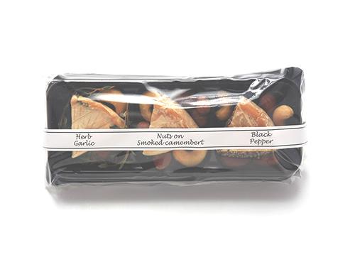 スモークカマンベール3種盛 燻製ナッツがけ