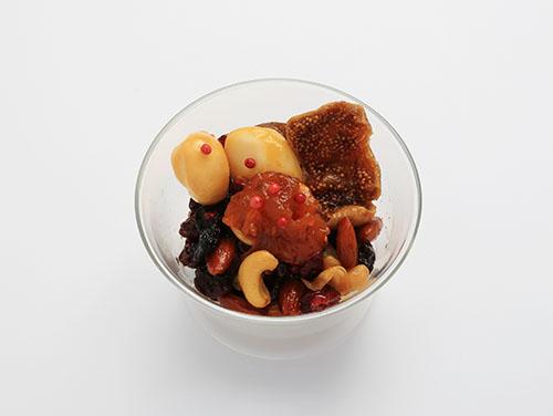スモークカチョカバロ&木の実